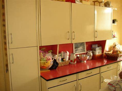 peindre des elements de cuisine meuble de cuisine quelle peinture forum d 39 entraide