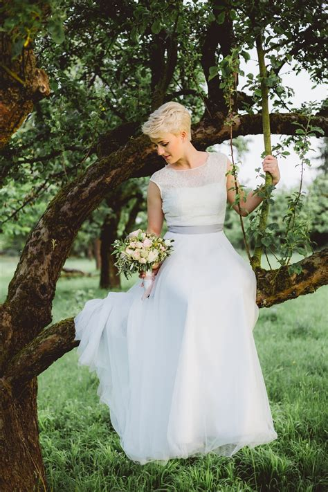 Want to Buy a Wedding Dress Online? Savvy Pointers to Find ...