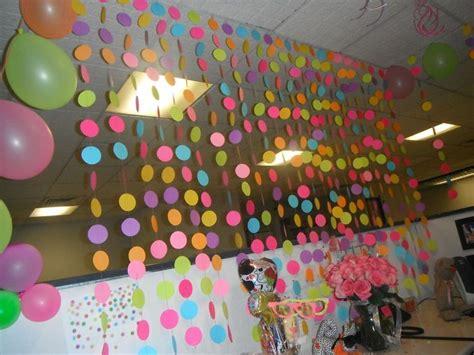 m 225 s de 25 ideas incre 237 bles sobre decoraciones de cumplea 241 os de oficina en cumplea 241 os