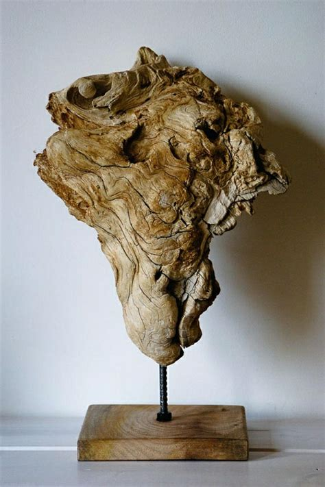 skulpturen aus holz 32 moderne skulpturen mit pers 246 nlichkeit archzine net
