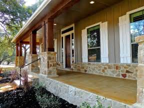 homes with wrap around porches country style hill country home 1608 high lonesome