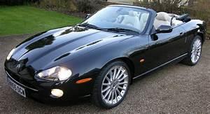 Jaguar Xk8 Cabriolet : file jaguar xk8 convertible flickr the car spy 5 jpg wikimedia commons ~ Medecine-chirurgie-esthetiques.com Avis de Voitures