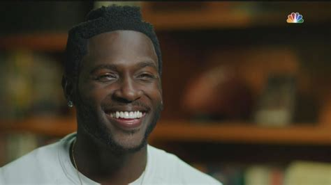 Antonio Brown Looks Like An Asshole - Deadseriousness