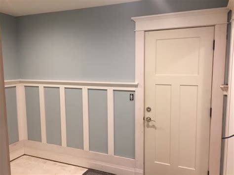 Craftsman Wainscoting by How I Installed Craftsman Style Wainscoting In My Mudroom