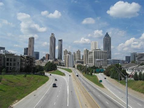 Opening Title Sequence, Atl Skyline, Walking Dead