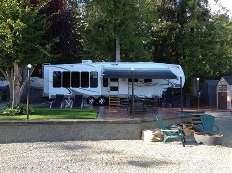 water front rv lot  tall timbers holiday park sproat lake  victoria victoria