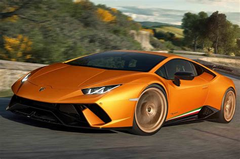 Lamborghini Huracan Performante Revealed, Delivers 640 Hp