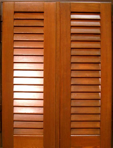 persiana in legno persiane legno peduzzi s r l