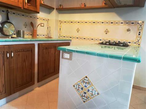 piastrelle x cucina in muratura guida alla creazione di una cucina in muratura vietrese