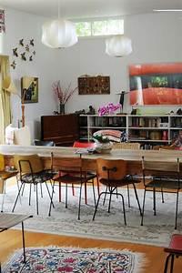 Chaise Moderne Avec Table Ancienne : les chaises d pareill es qui gayent l ambiance de la salle manger moderne design feria ~ Teatrodelosmanantiales.com Idées de Décoration