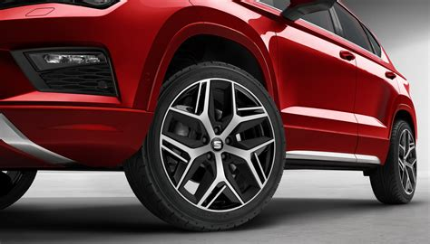 New Seat Ateca Fr Starts At 163 24 960 Uk Deliveries In October