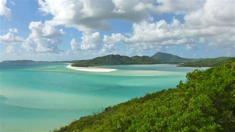 whitehaven beach sailing  whitsundays oceania