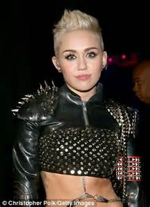 Miley Cyrus called, she wants her look back: Rose McGowan ...