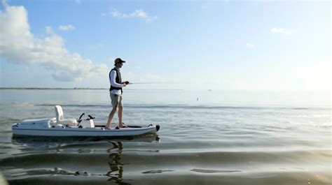 Stik It Boats by This Quot Kayak Quot Can Hit 27 Mph And The Entire Deck Is Fishable