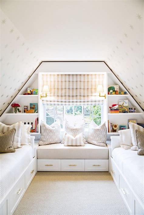 chambre sous comble chambre sous combles 10 idées d 39 aménagement côté maison
