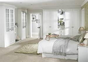 trucs et astuces pour decorer sa chambre pour le printemps With affiche chambre bébé avec fleur d appartement blanche