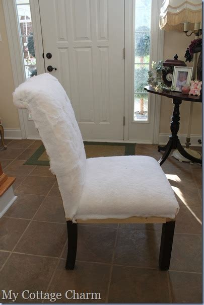 cottage charm   diamond tuft  upholster  chair