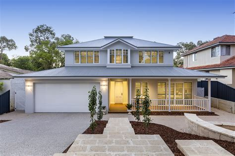style homes quintessential htons riverstone