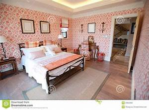 bedroom with red flower wallpaper stock photo image With chambre a coucher avec papier peint
