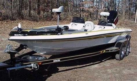 Viper Cobra Bass Boat Seats by Viper
