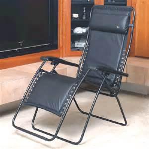 4 modern zero gravity chairs