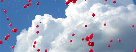 Balonus palaist gaisā ir bīstami videi / Diena