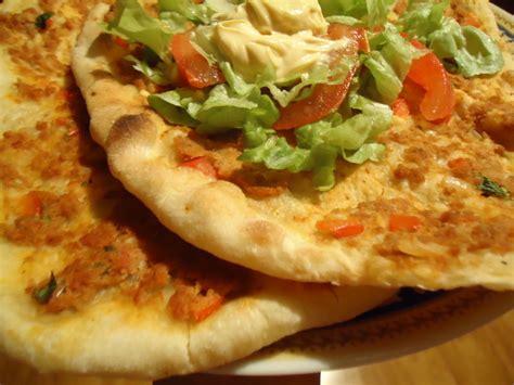 recette pate a pizza turc pizza turque le lahmacun recette