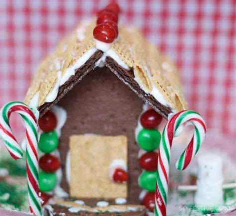 chocolate graham cracker gingerbread houses edible glue