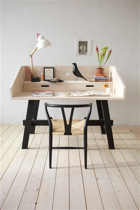 mini bureau créer un bureau atelier dans un petit espace idée