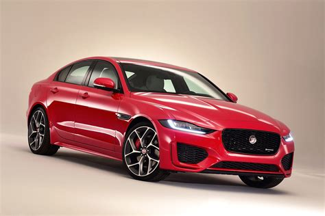 Jaguar Xe News by New 2019 Jaguar Xe Revealed With Exterior Tweaks And Tech