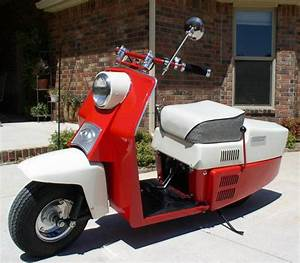 Cushman Scooter Enthusiasts To Visit Springfield This