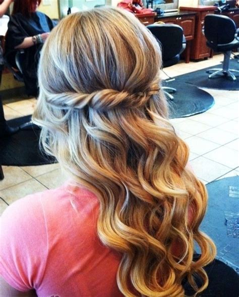 cool curly hair prom ideas prom hairstyles curly prom
