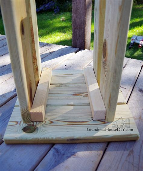 outdoor stool simple modern wood working project