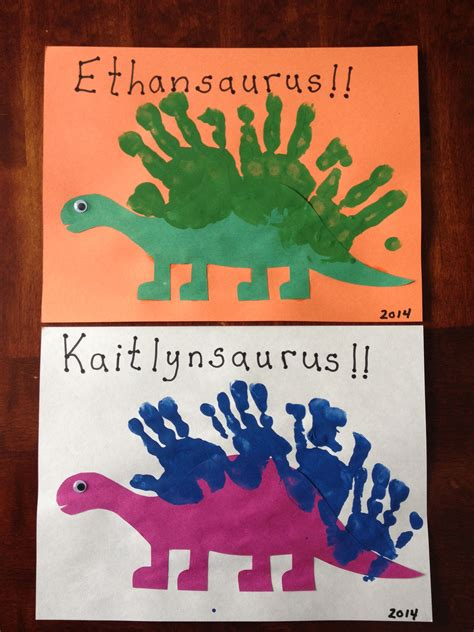 dinosaur projects for preschool handprint dinosaurs projects to try dinos 691