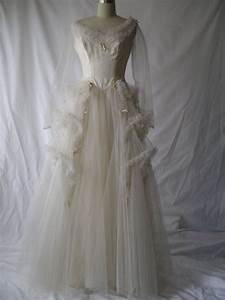 1940's Wedding Dress | vintage wedding gowns | Pinterest