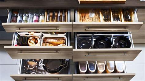 meuble de cuisine rangement rangement cuisine et meuble de rangement cuisine côté maison
