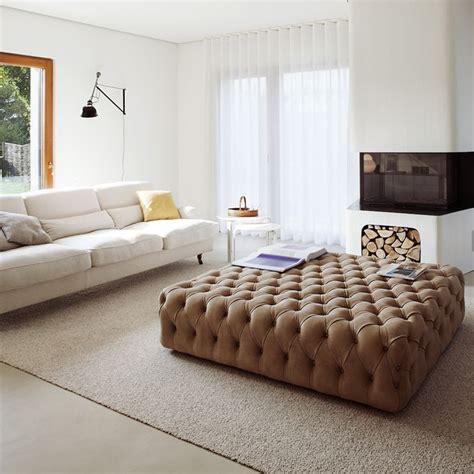 canapé lit en mousse pouf capitonné rosa sur mesure repose pieds ultra tendance