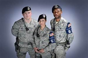 Modern day Air Force Security Forces uniforms ...