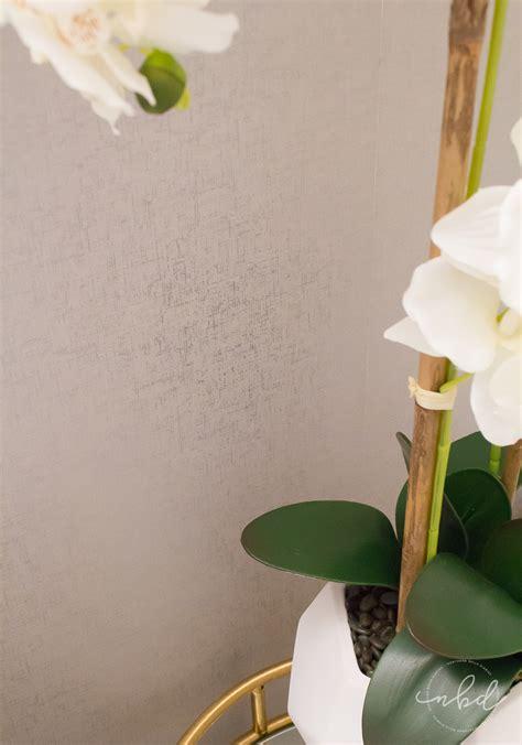 elegant  bath   budget devine color wallpaper