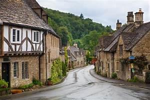 Castle Combe Street. Unique Old English Village Editorial ...