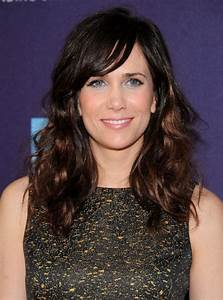 Long Wavy Hairstyles with Side Swept Bangs - Hairstyles Weekly