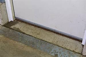Türen Für Draußen : statt gummidichtungen spaltabdichtung f r t ren im gewerbe ~ Lizthompson.info Haus und Dekorationen