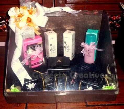 kotak kado gift box manye hampers souvenir