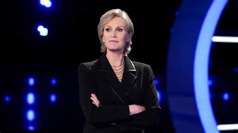 Jane Lynch Talks Raising the Stakes With the 'Weakest Link ...