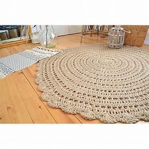 Tapis En Crochet : tapis rond en crochet beige corn drawer ~ Teatrodelosmanantiales.com Idées de Décoration