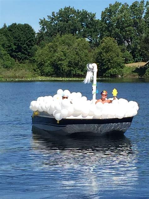 bubble bath boat parade float boat parade christmas