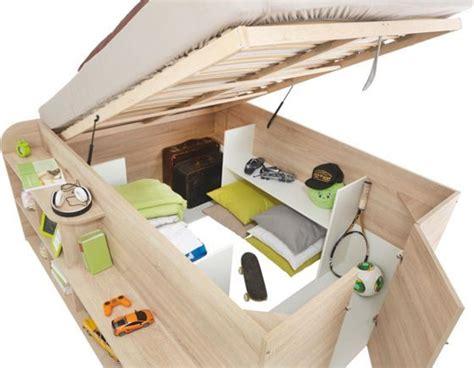 Hohes Bett Mit Stauraum by Die Besten 25 Platzsparendes Bett Ideen Auf