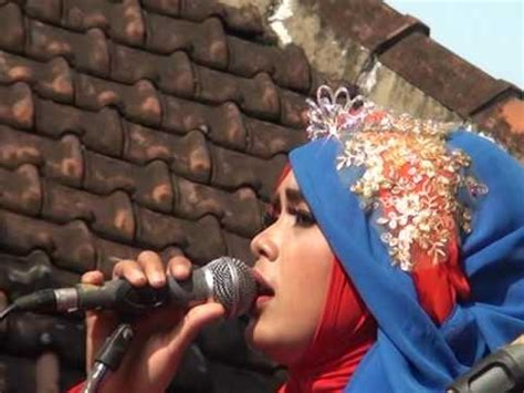 Download lagu mp3 terbaru 2021. Download Lagu MP3 Full - Qasidah Modern AN NISA Musik Religi II RAHMAT ILAHI - http ...