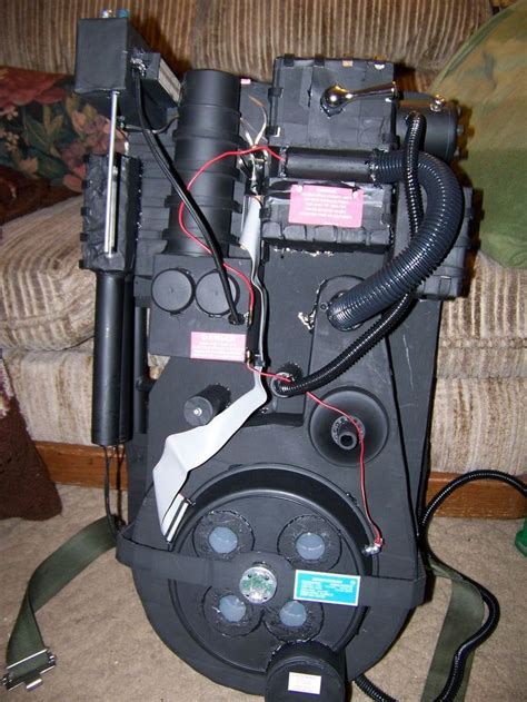 Diy Proton Pack by Best 25 Ghostbusters Proton Pack Ideas On
