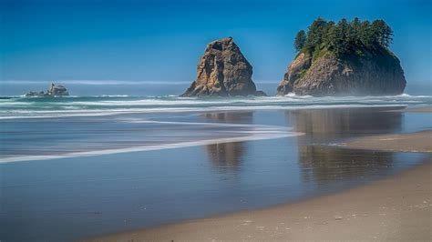 Nature Sand Trees Rocks Calm Sea Beach Wallpaper